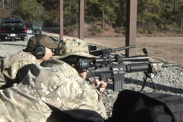 Vượt mặt cả Thủy quân lục chiến, xạ thủ bắn tỉa của Tuần duyên Mỹ đáng gờm như thế nào? - Ảnh 3.