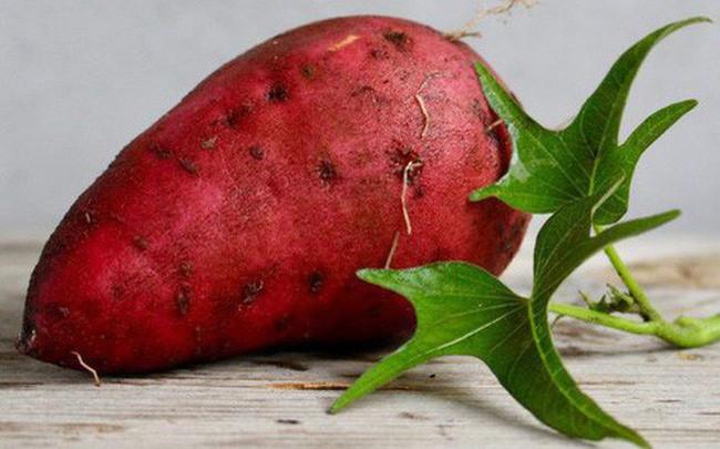 Nhiều loại vỏ trái cây tốt hơn ruột, nhưng 4 loại này lại chứa chất độc, không nên ăn - Ảnh 2.