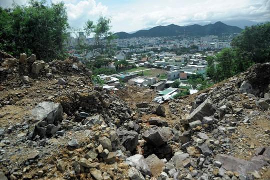 Cận cảnh những dự án treo cái chết trên đầu dân ở Nha Trang - Ảnh 21.