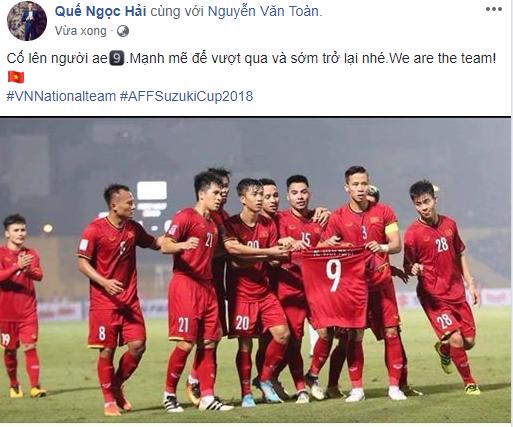 Sao tuyển Việt Nam thi nhau an ủi Văn Toàn - Ảnh 4.