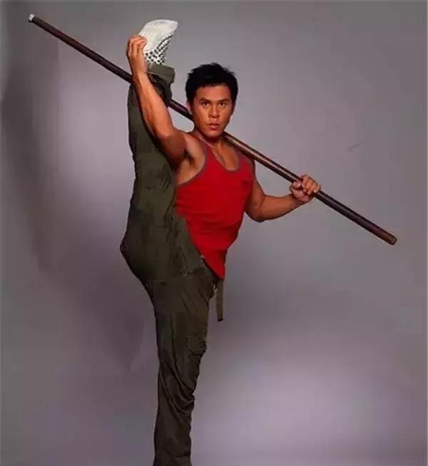 Sư Thiếu Lâm đóng Tuyệt đỉnh kungfu: Mang ơn Châu Tinh Trì, hoàn tục thành đại gia nghìn tỷ - Ảnh 2.
