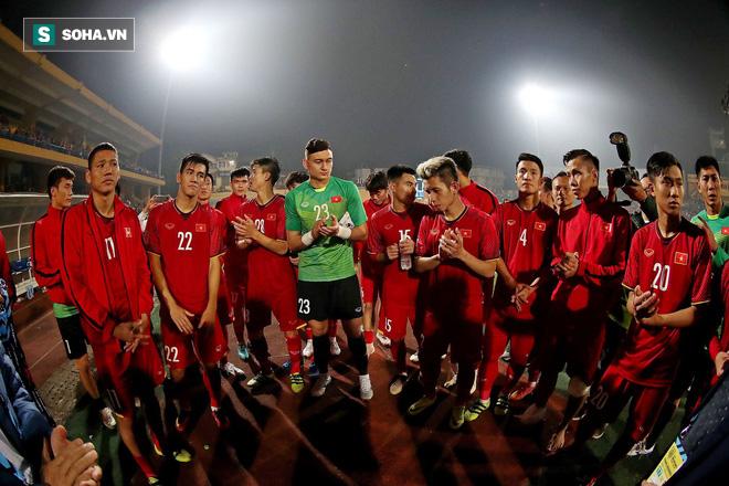 Phép thuật của HLV Park Hang-seo: Không phải sạch lưới, bất bại hay ngôi đầu bảng - Ảnh 3.