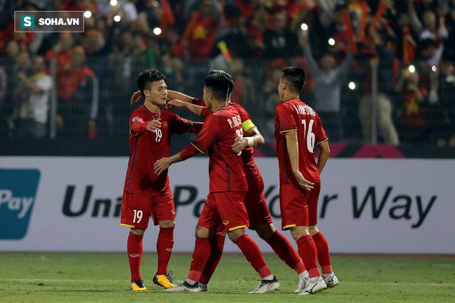 Phép thuật của HLV Park Hang-seo: Không phải sạch lưới, bất bại hay ngôi đầu bảng - Ảnh 4.