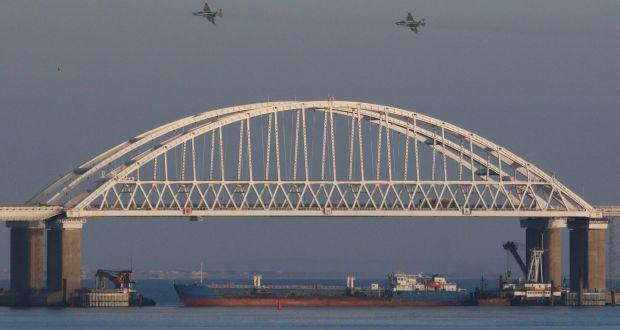 Đụng độ Nga-Ukraine: Mỹ quá khờ dại nếu quyết định điều hải quân tới biển Azov - Ảnh 1.