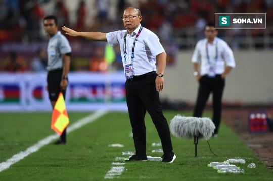 Báo Hàn Quốc: Từng hưởng lương gấp 24 lần song Eriksson sẽ gục ngã trước HLV Park Hang-seo - Ảnh 2.