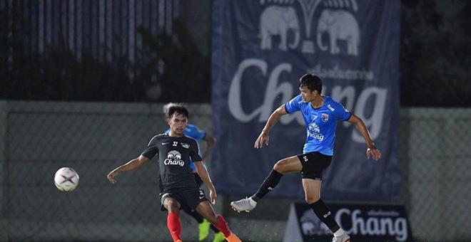 Thái Lan thể hiện sức mạnh trong trận đấu cuối cùng trước thềm AFF Cup 2018 - Ảnh 1.