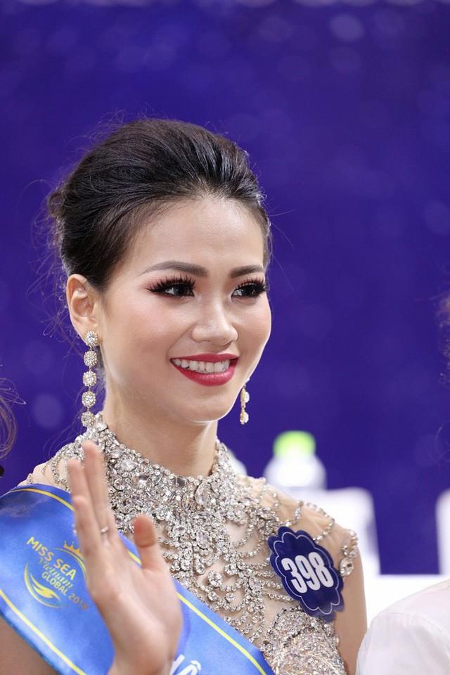 Nhan sắc khác biệt của Hoa hậu Trái đất Phương Khánh chỉ sau chưa đầy nửa năm - Ảnh 6.