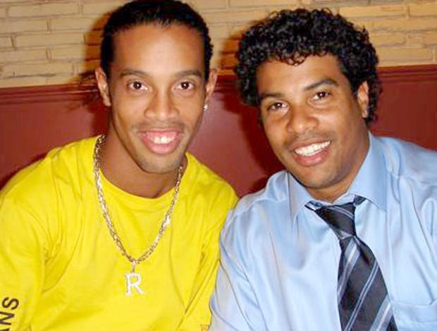 Nợ tiền phạt hơn 50 tỉ, nhưng Ronaldinho chỉ còn vỏn vẹn 160.000 đồng trong tài khoản - Ảnh 1.