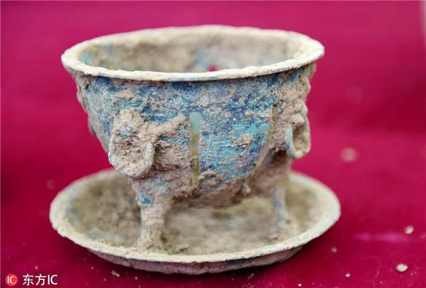 Chất lỏng màu vàng trong hầm mộ cổ 2.000 năm hóa ra là thức uống thượng hạng thời cổ đại - ảnh 2