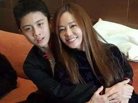 """MC Đài Loan nhận """"gạch đá"""" vì hả hê kể chuyện đánh đập, bắt nạt Lam Khiết Anh trong quá khứ - Ảnh 6."""