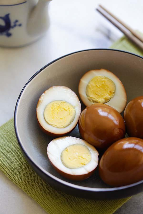 Chỉ nhờ thứ nguyên liệu đơn giản này, tôi đã nâng tầm vài quả trứng luộc thành món ngon miễn chê - Ảnh 8.