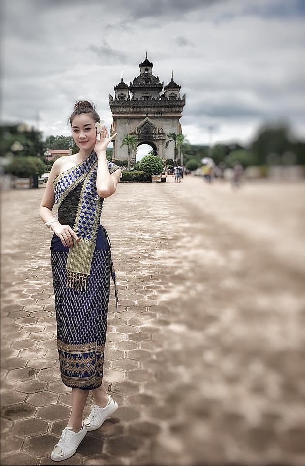 Nữ CĐV xinh đẹp của ĐT Việt Nam: 7 rưỡi tối mới đá nhưng mọi người đến sân từ 4 giờ chiều - ảnh 7