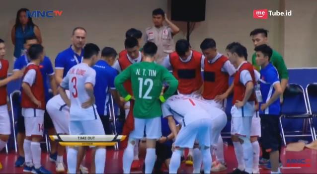 Gục ngã uất nghẹn trên chấm luân lưu, Việt Nam tan mộng vào chung kết giải Đông Nam Á - Ảnh 2.