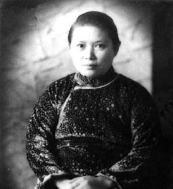 Cuộc ly hôn êm đềm có 1-0-2 trong lịch sử Trung Quốc và triết lý buông bỏ để bình yên chị em nào cũng phải nhớ! - Ảnh 1.