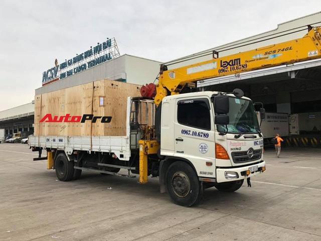 VinFast Lux SA2.0 lần đầu tiên xuất hiện tại Việt Nam - Ảnh 1.