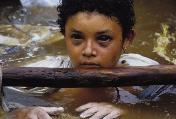 Bi kịch của Omayra Sanchez và đôi mắt đen hấp hối vẫn ám ảnh cả thế giới dù cho đã 33 năm trôi qua - Ảnh 3.
