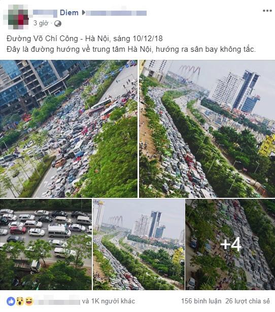 Kinh ngạc hàng trăm ô tô đứng sát nhau, kẹt cứng không lối thoát ở Hà Nội - Ảnh 1.
