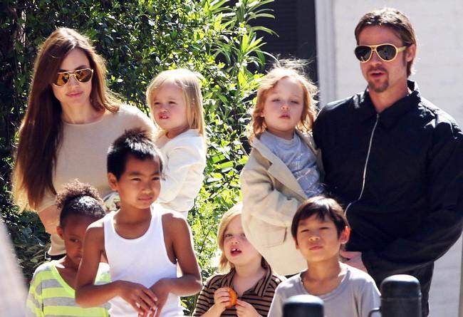 Brad Pitt cảm thấy hoàn toàn đúng đắn khi quyết định dứt tình với Angelina Jolie - Ảnh 2.