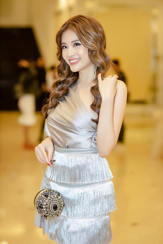 Tỏ tình với thủ môn Lâm Tây, Hoa hậu Phan Hoàng Thu bị xúc phạm nặng nề - Ảnh 2.