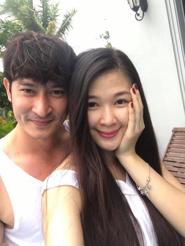 Á hậu gợi cảm, chịu nhiều áp lực khi trở thành vợ 2 của diễn viên Huy Khánh - Ảnh 2.
