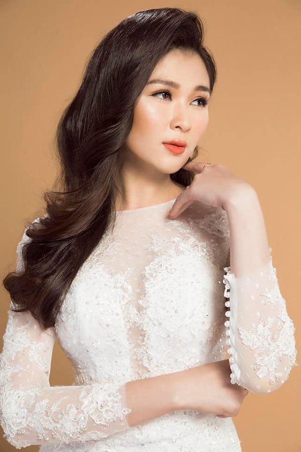 Á hậu gợi cảm, chịu nhiều áp lực khi trở thành vợ 2 của diễn viên Huy Khánh - Ảnh 8.