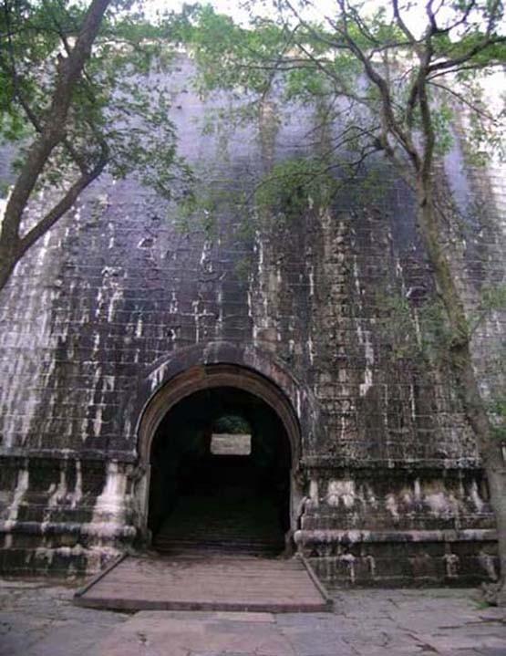 Xuống lăng mộ bí ẩn và vĩ đại nhất thế giới, chứa hàng ngàn tấn báu vật - Ảnh 15.