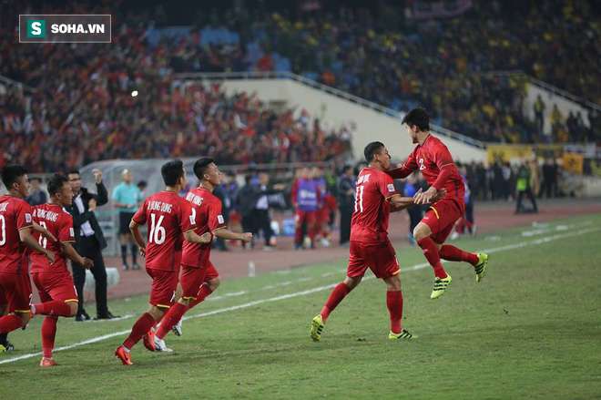 CĐV Thái Lan: Quang Hải giỏi nhất dải Ngân hà, anh ta phải chơi ở Liverpool hay Man City - Ảnh 2.
