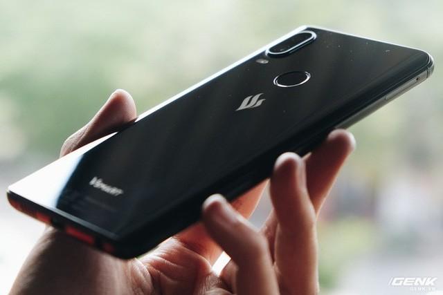 Mở hộp và trên tay Vsmart Active 1: Thiết kế đẹp, cấu hình mạnh, hậu mãi tốt, giá rẻ hơn cả điện thoại Trung Quốc - Ảnh 10.