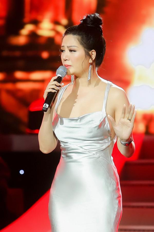 Ca sĩ Đinh Hiền Anh tiết lộ mối duyên trời định với ông xã là Thứ trưởng Bộ tài chính - Ảnh 1.
