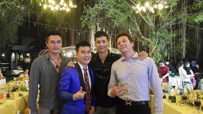 Đám cưới Trương Nam Thành ở Sài Gòn: Cô dâu chú rể không chụp ảnh chung, nhiều điều cấm - Ảnh 8.