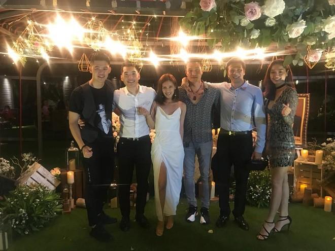 Đám cưới Trương Nam Thành ở Sài Gòn: Cô dâu chú rể không chụp ảnh chung, nhiều điều cấm - Ảnh 3.