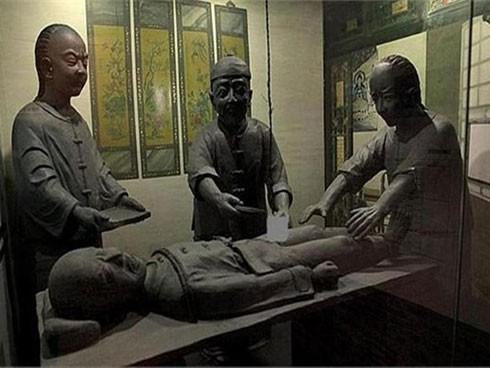Bị chỉ trích vô nhân đạo, quan quân nhà Thanh phản pháo, để lộ ra căn bệnh khó chữa - Ảnh 1.