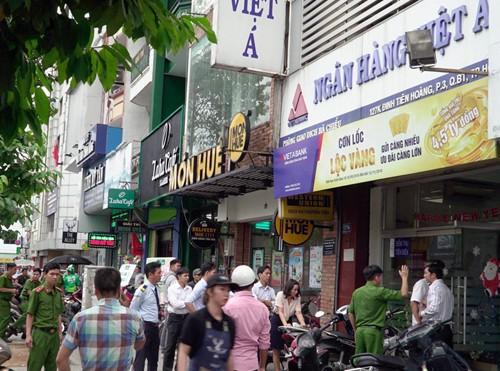 5 vụ cướp ngân hàng táo tợn nhất năm 2018 - Ảnh 1.
