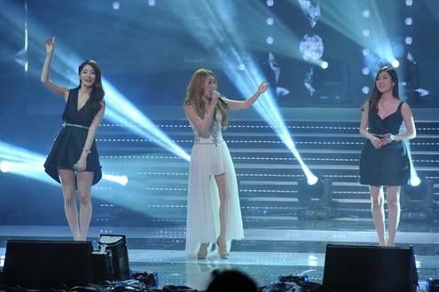 Nữ ca sĩ Hàn Quốc có giọng hát đàn áp Hồ Quỳnh Hương đáng sợ cỡ nào?  - Ảnh 1.