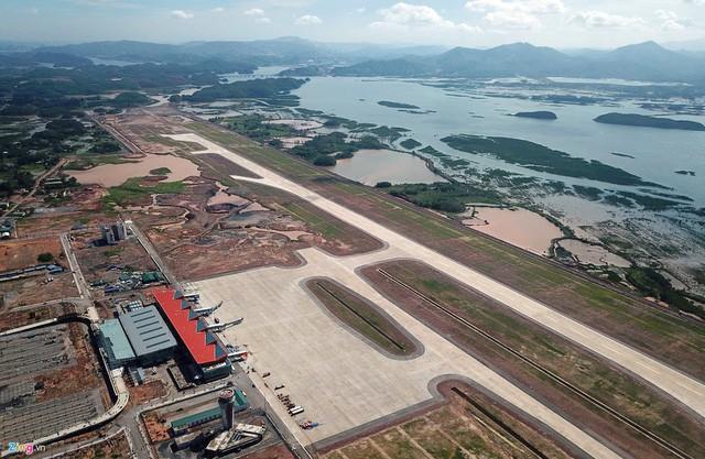 Ngành hàng không 2018: Thị phần Vietjet Air vượt mặt Vietnam Airlines, bầu trời chật chội, hãng tư nhân rậm rịch xin cất cánh - Ảnh 4.