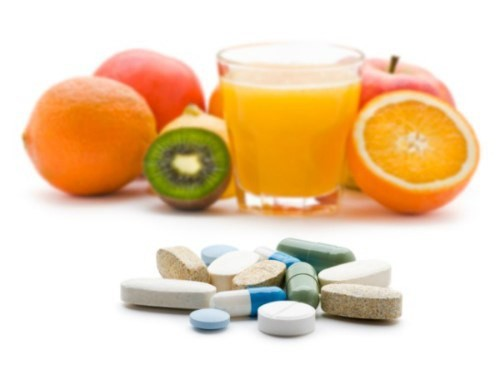 Đang uống kháng sinh, cần kiêng ăn những loại thực phẩm nào? - Ảnh 1.