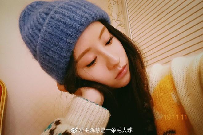 Nhan sắc thật sự của Tiểu Long Nữ mũi to bị photoshop thảm hoạ trên poster Tân Thần Điêu Đại Hiệp 2018 - ảnh 22