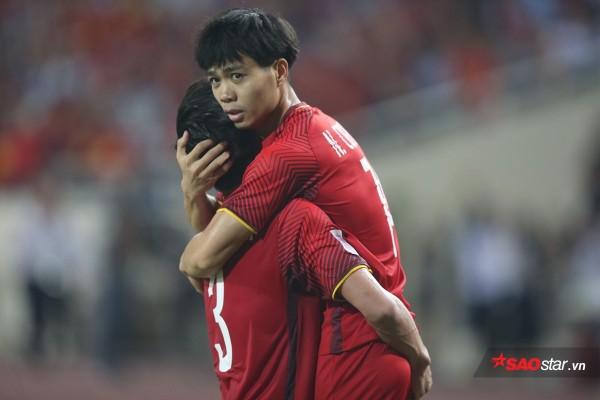 ASIAN Cup 2019: Sân chơi quá tầm của tuyển Việt Nam? - Ảnh 1.