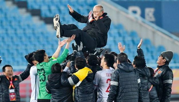 Báo Hàn Quốc: Chúng ta đã bỏ phí tài năng của HLV Park Hang-seo, thật thất vọng biết bao! - Ảnh 1.