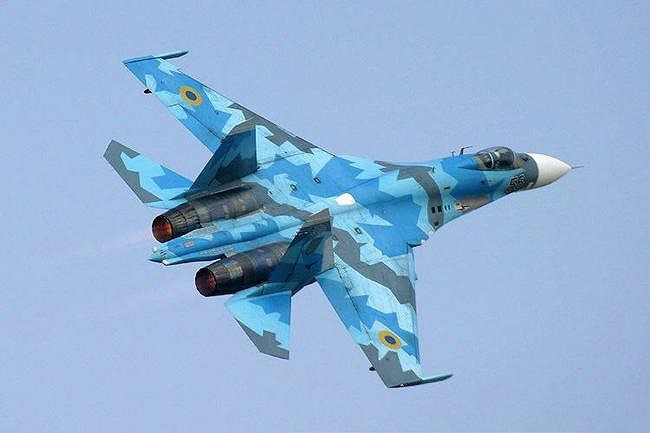 [ẢNH] Từ 70 chiến thần Su-27 xuống còn 17 chiếc, điều gì đang xảy ra với chiến đấu cơ mạnh nhất của Ukraine? - Ảnh 1.