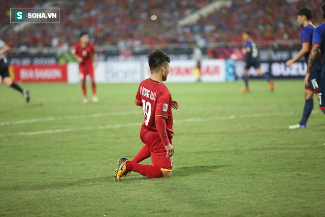 Tung đòn quyết định vào lưới Philippines, Quang Hải nhận ngay phần thưởng đặc biệt - Ảnh 1.