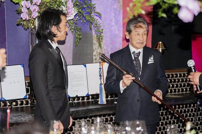 Hoàng tử thất lạc vừa được tấn phong của Hàn Quốc và câu chuyện đời ly kỳ như phim - Ảnh 5.