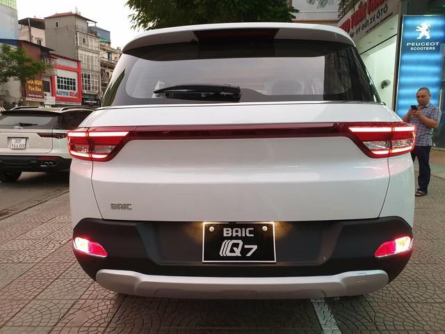 BAIC Q7 - SUV Trung Quốc nhái Range Rover giá 658 triệu đồng tại Việt Nam - Ảnh 3.