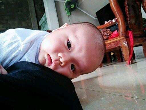Bức ảnh bé sơ sinh bĩu môi hờn cả thế giới khiến dân mạng rần rần chia sẻ - Ảnh 5.