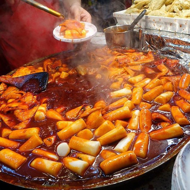 Đi Hàn Quốc mùa này chẳng lo chết rét vì đã có loạt món ngon đường phố ấm nóng để sưởi ấm - Ảnh 16.