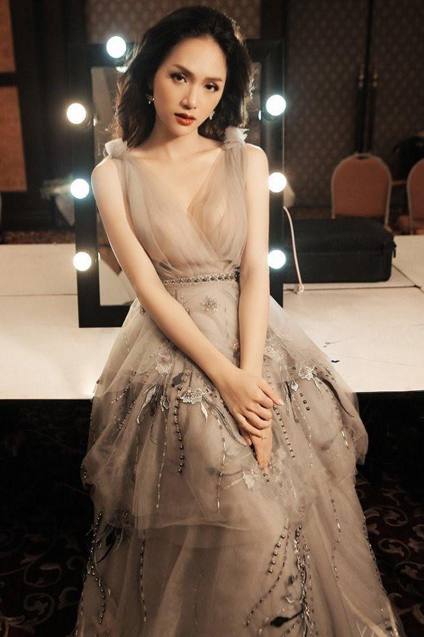 Hoa hậu Hương Giang sẽ đọ sắc với mỹ nhân có khuôn mặt hoàn hảo nhất thế giới - Ảnh 3.