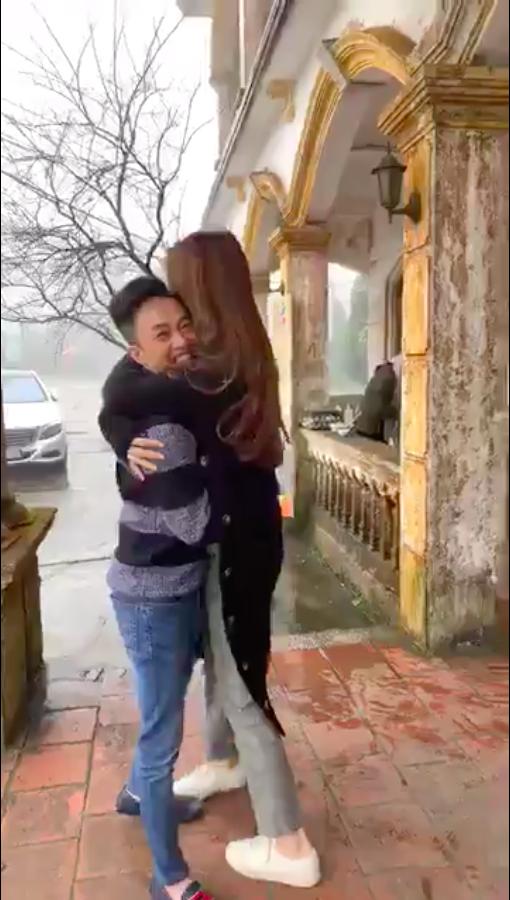 Cường Đô La ôm chặt Đàm Thu Trang, vui đùa hết cỡ ở quê nhà bạn gái  - Ảnh 3.