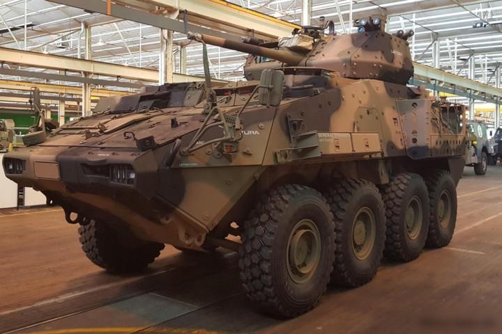Cận cảnh xe thiết giáp chở quân LAV 6.0 được bảo vệ cực tốt của Canada - Ảnh 7.