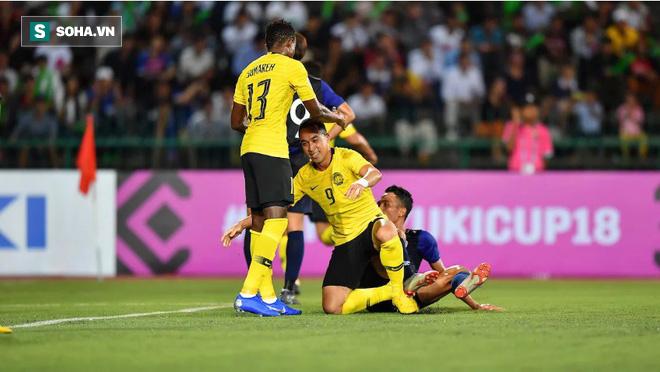 Malaysia mượn bí kíp của Chelsea, hãy chờ màn tương kế tựu kế cao tay của thầy Park - Ảnh 1.