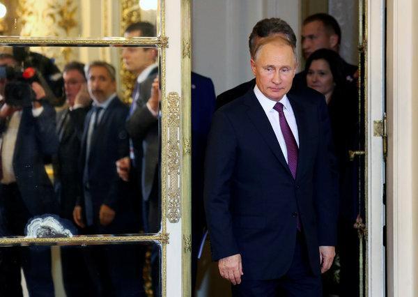 Cuộc lộ diện vén bức màn bí ẩn: Có ít nhất hai Putin đang phục vụ nước Nga - Ảnh 2.